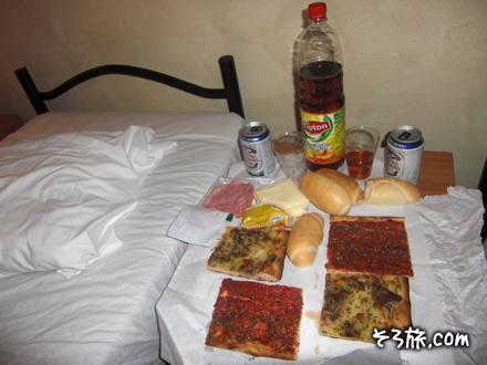 ホテルで食べる