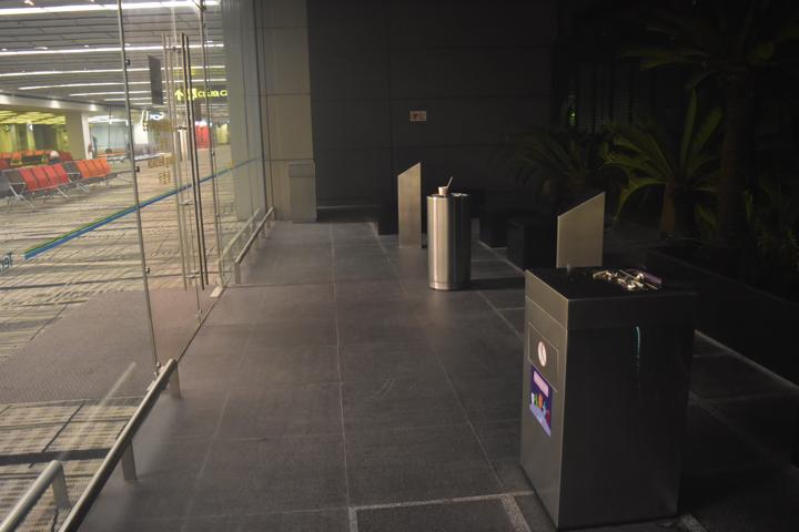 チャンギ空港の喫煙所